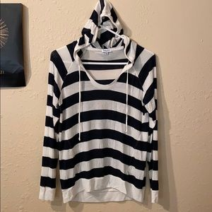 SPLENDID HOODED SWEATER PULLOVER SIZE SMALL